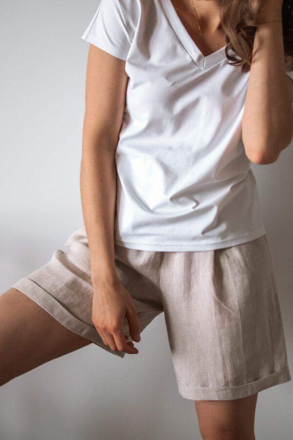 t-shirt z dekoltem w serek WHITE